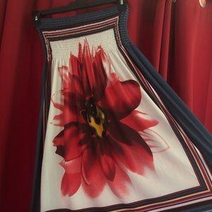 Dresses & Skirts - Tube top (strapless) floral dress